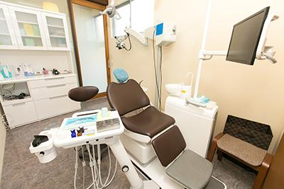 プライバシーに配慮した完全個室の診療室